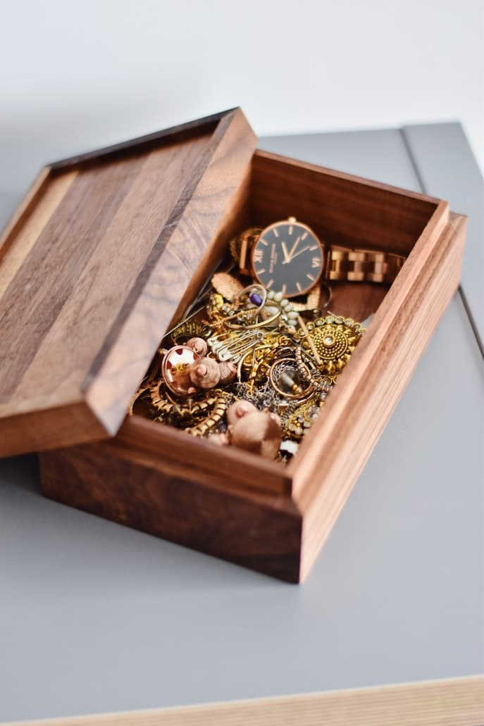 How to Store your Heirlooms Safely Quick Self Storage